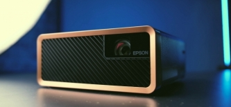 Test: Epson EF-100 laserski projektor (Video)