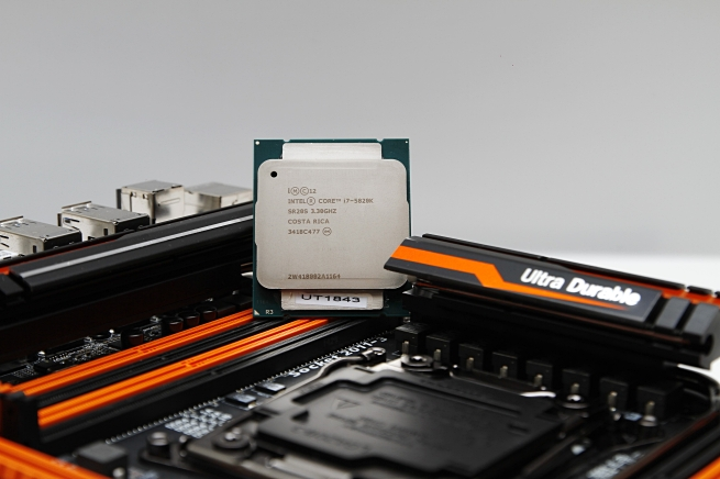 gigabyte_ga_x99_soc_force_039_s.jpg